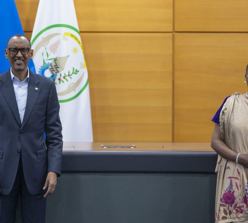 President Kagame officiates Swearing-in of New Ombudsperson | Kigali, 2 December 2020